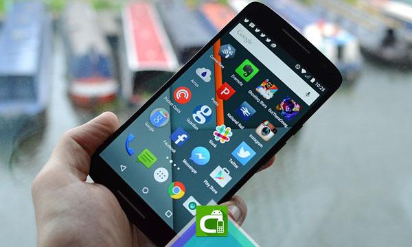 I migliori smartphone mid-range: Motorola Moto X Play