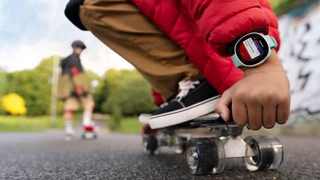 Vodafone lancia neo, lo smartwatch realizzato con Disney
